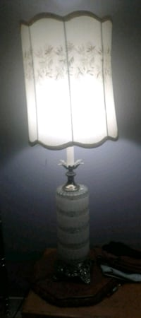 Table lamp with shade Calgary, T2B 0J8