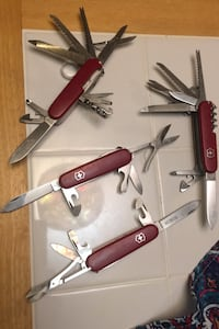 """Swiss army knifes """"sold each"""" or all  Anchorage, 99517"""