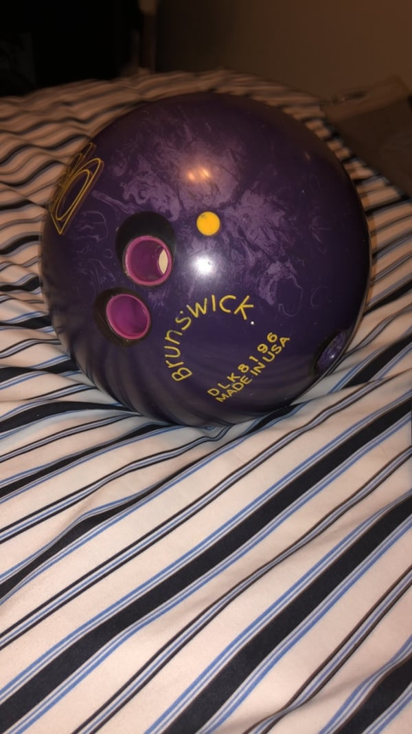 15 pound bowling ball 0