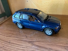 BMW X5 toy car diecast