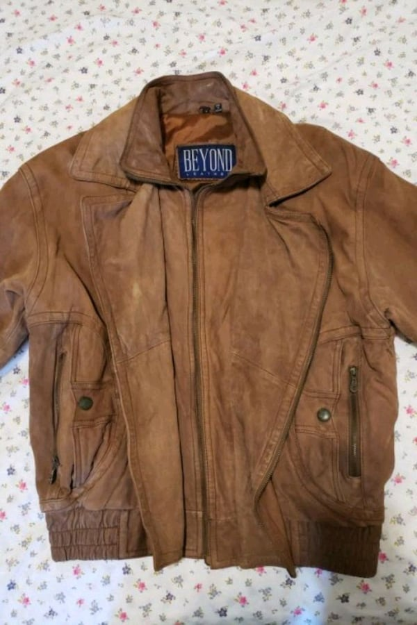 Men's Brown Leather Jacket (Beyond) double-breaste e23fa421-4b0d-4121-93bd-d596ca015787