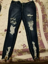 American Eagle Distressed Jeans  St. Catharines