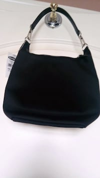 Black purse for young girls brand new great for gift Surrey, V3V 1B4
