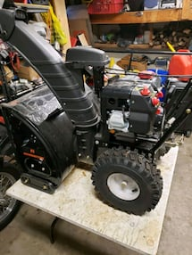 Snowblower cleaning and repair tune up services