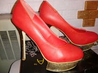 Size 9 Womans Red High Heel Shoe Norfolk, 23503