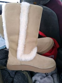 Waterproof uggz for sale half price!!  Sacramento, 95824