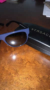 new versace unisex sunglasses Arlington, 22202