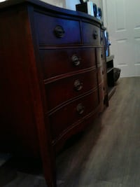 Beautiful Antique Dresser $195. Obo. Euless, 76039