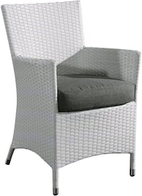 Velagio Chiasso White 2-Piece All-Weather Wicker Patio Chair Set (NEW)