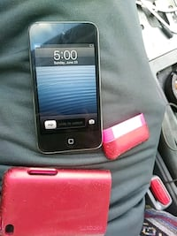 Ipod Touch 4 with case (great condition) Omaha, 68117