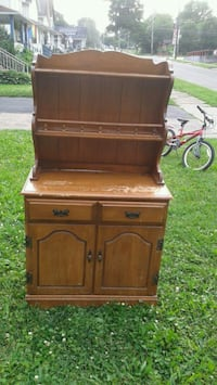 Antique hutch Struthers
