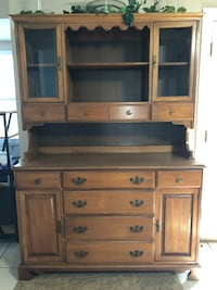 Stanley Furniture hutch. Great condition. Solid Ocala, 34471