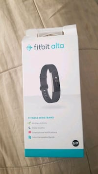 FITBIT ALTA BOX IS OPEN BUT ONLY CHARGED NOT USED