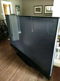 "93"" Projection TV Mitsubishi Dallas, 75206"