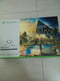 XBOX ONE S 500GB + 2 games Barcelona, 08011
