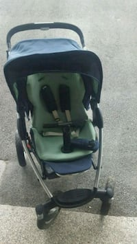 baby's navy and green stroller Montréal, H3C