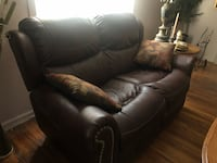 Leather couch Easton, 18042