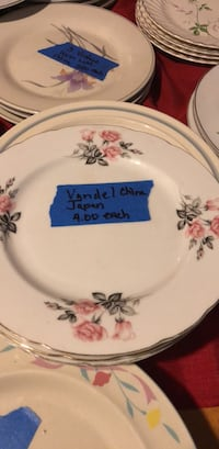 PlateVerndale China Japan I have four of these dishes Four dollars each Tampa, 33614