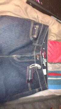 Tommy jeans size 10R St. Catharines, L2R 5P8