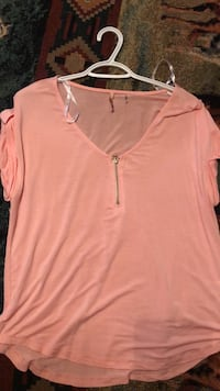 Pink blouse  Abbeville, 70510