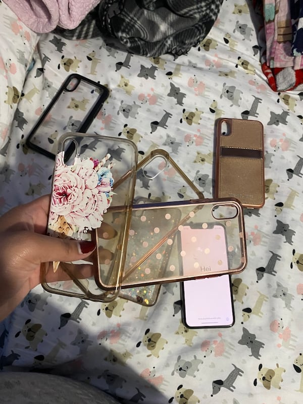 Iphone X with 6 cases a8cffb14-b542-43ce-a7e7-eead25be9fca