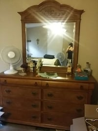 Used All Wood Bedroom Set 7 Peace In Montgomery