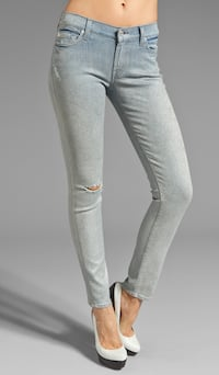 The Slim Cigarette in Pearlized Blue Star Jeans 26