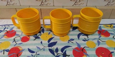 Vintage Rubbermaid mugs