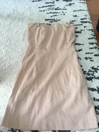 WOMEN'S CREAM SLEEVELESS DRESS - SIZE XS Toronto, M1H 3K2