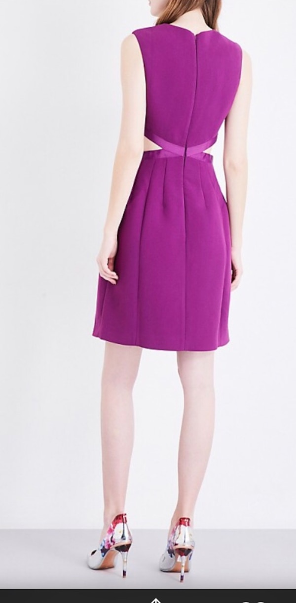 ccbe41fa55a62 Used Ted baker size 8 Women s purple and white sleeveless dress for sale in  London
