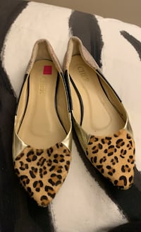 Flat shoes made in Thailand size 39-40 Blainville, J7B 1X8