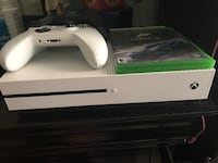 white Xbox One console with controller Tustin, 92780