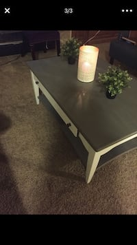 rectangular white and black wooden coffee table Bakersfield, 93301