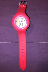 Woman's puma sports watch