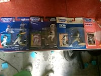 three assorted Star Wars action figures Ankeny, 50023