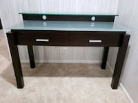 Glass top two tier desk Columbus, 43235