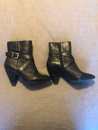 Black leather heeled boots Edmonton, T6X 0N1