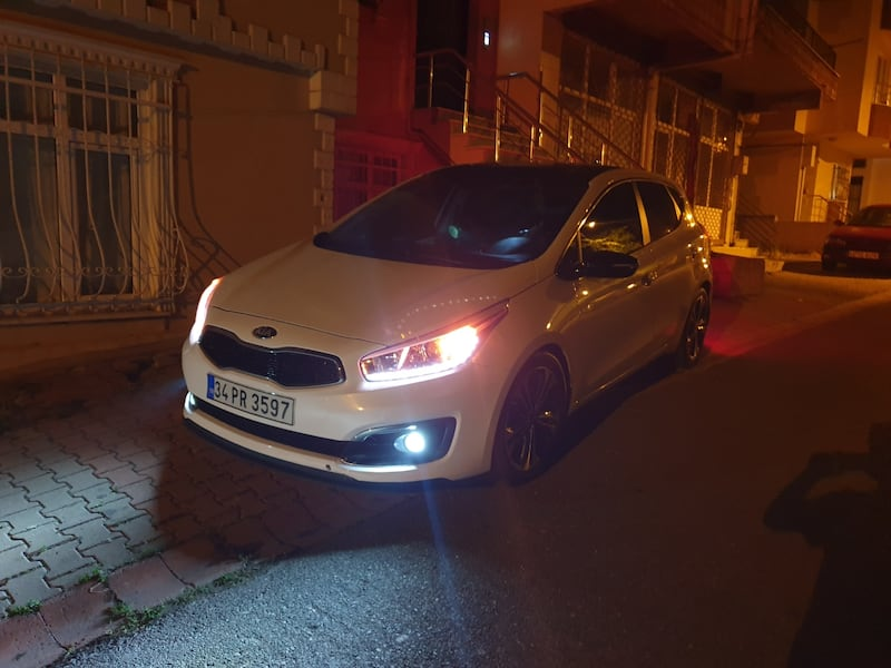2015 Kia Ceed 1.6 CONCEPT PLUS DCT 136PS 0