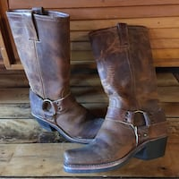 Frye Boots- size 6