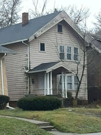 HOUSE For Sale 4+BR 2BA Cash Deal  Toledo