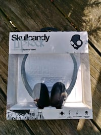 Skullcandy UpRock music headphones NEW Essex, 21221