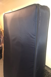 Bed mattress and stand Vancouver, V5M 3Y4