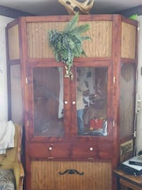 brown wooden framed glass display cabinet New Tazewell, 37825