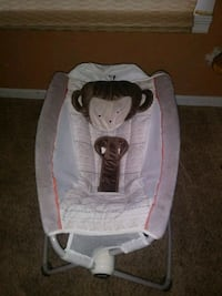 baby's white and gray bouncer Citrus Heights, 95610
