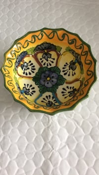 yellow and green floral ceramic bowl Mississauga, L4Z 3Y9