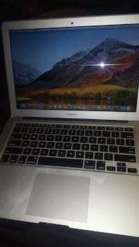 Macbook.Air Edmonton, T5H 2Z9