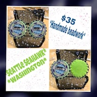 Seattle SeaHawk beaded earring.. I make all different team of your choice just let me know.. Thank you!!