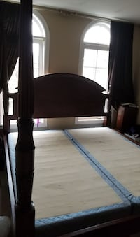 Classic king size Bombay Co. Bed Richmond Hill