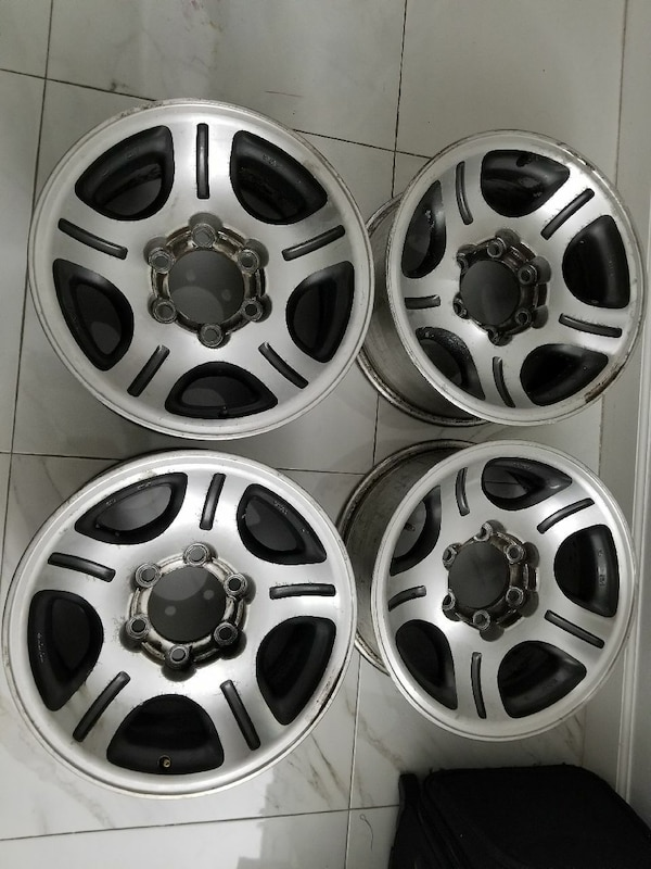 Wheels toyota land cruiser fzj80 or lexus lx450