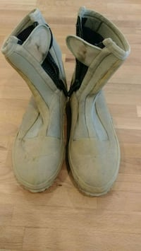 Orvis Wading boots Newmarket, L3Y 7P1